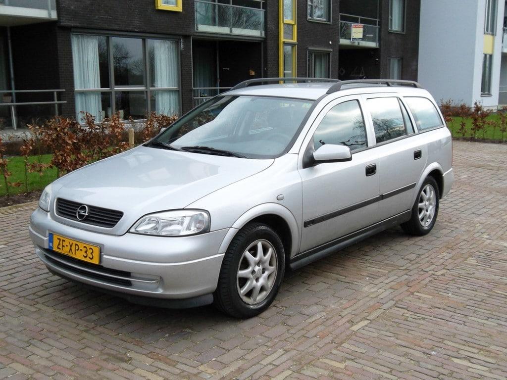 Afgekeurde Opel Astra