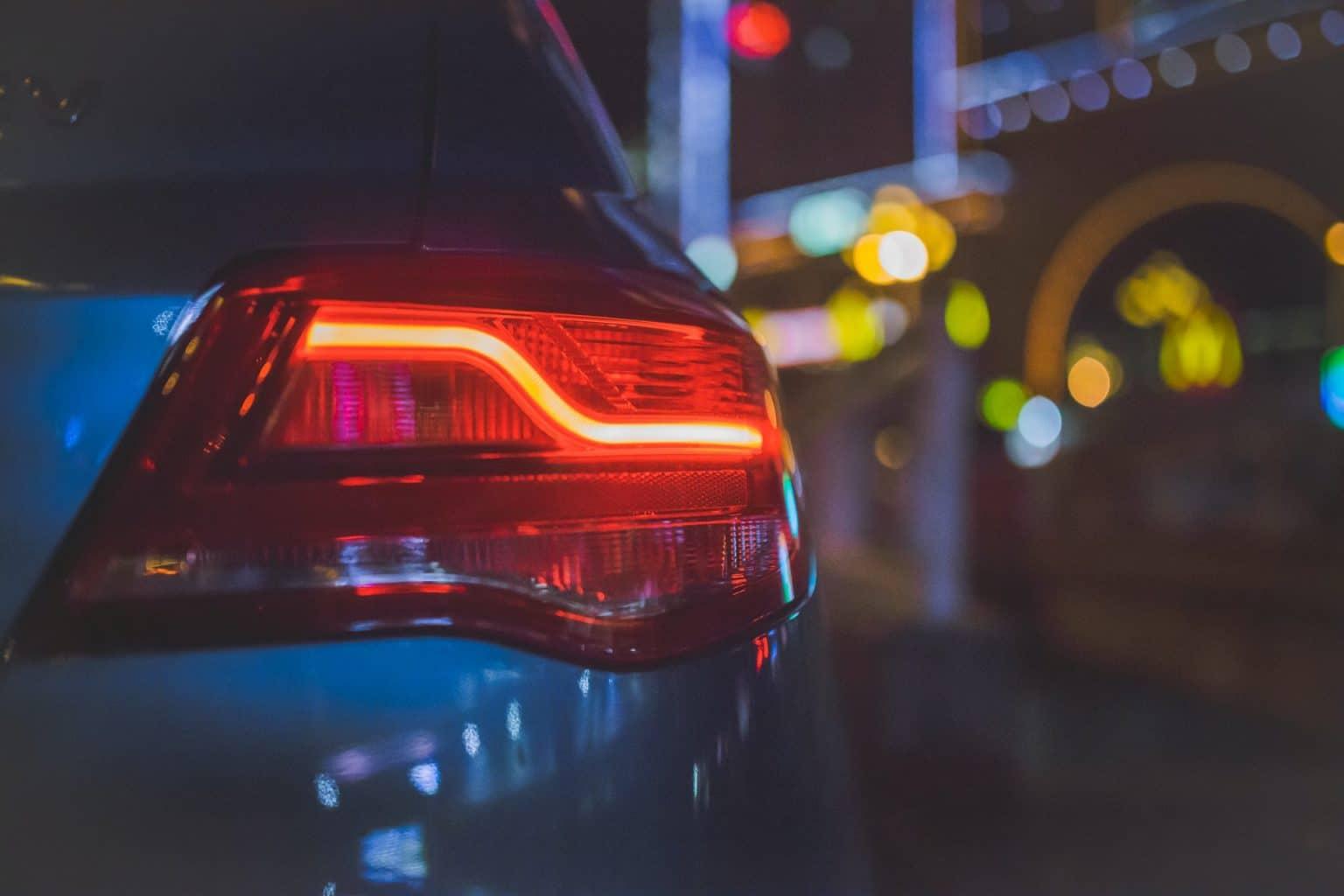 achterlicht van een nieuwe auto